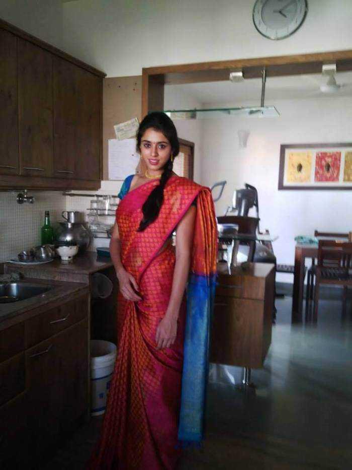 Nisha Yogeshwar Images